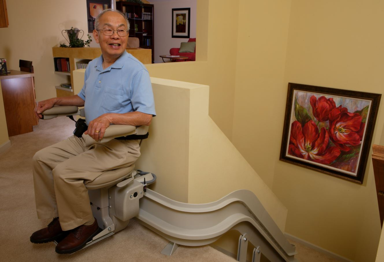Stair Lifts: A Solution for Seniors that Want to Age at Home